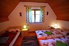 V chate sú 3 spálne