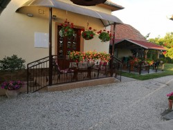 Apartmn VARGA