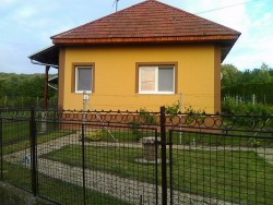Chalupa MOKRÁŠ  - Podhájska - Radava