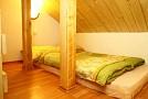 Chata Košútka - Žltá izba s galériou