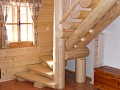 Schody na horné poschodie do spální