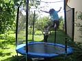 Privát Ruženka - trampolína v záhrade