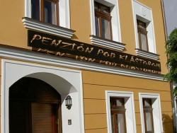 Penzión POD KLÁŠTOROM - Malé Karpaty - Pezinok | 123ubytovanie.sk