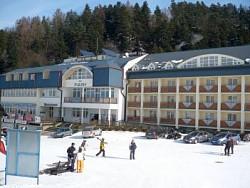 Hotel PLEJSY ***