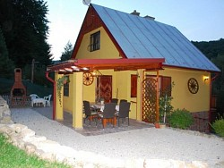 Hétvégi ház MODROVÁ