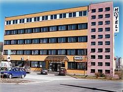 Hotel KLAR**