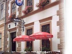 Penzion - Pizzéria MAMAMIA