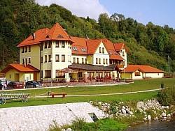 Hotel JULIANIN DVOR*** - Západné Tatry - Orava - Habovka | 123ubytovanie.sk