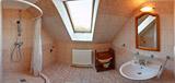 Apartmán na poschodí,kúpeľňa